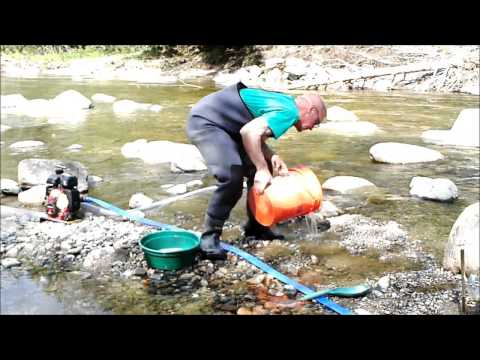 prospecting-the-wild-ammonoosuc-river
